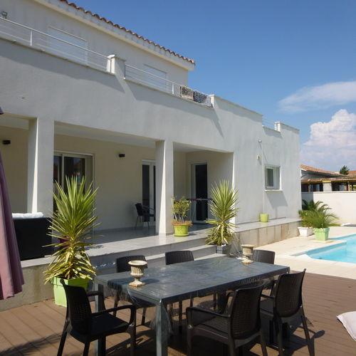 Maison Big House avec terrasses et piscine